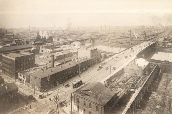 Market Street Bridge and the Schuylkill River, 1900